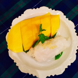 My favorite dessert: Mango and rice