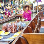 River Vendors on the Floating Market