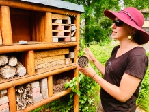 Andrea educating us on the variety of bees that live in the pollinator condo